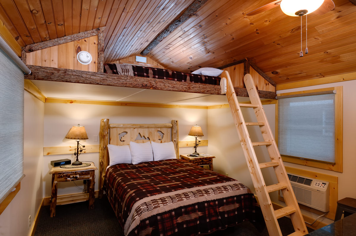 Cobble-Mountain-Lodge-Lake-Placid-Cabin-10-1